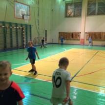 Работа с мячом в группах